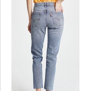 Levi's Wedgie Cropped Twisted Fate Hi-Rise Jeans